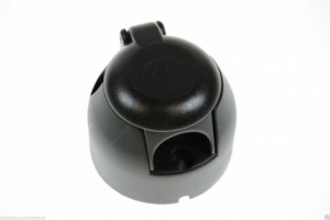 Professional 7 pin socket with nickel plated pins. (mp23nb)