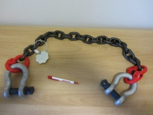 13mm safety chain for agri trailers. Certified, Grade 80 chain.
