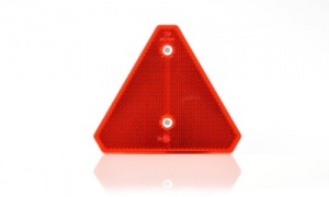 Triangle Reflector with Cut -Off Corners